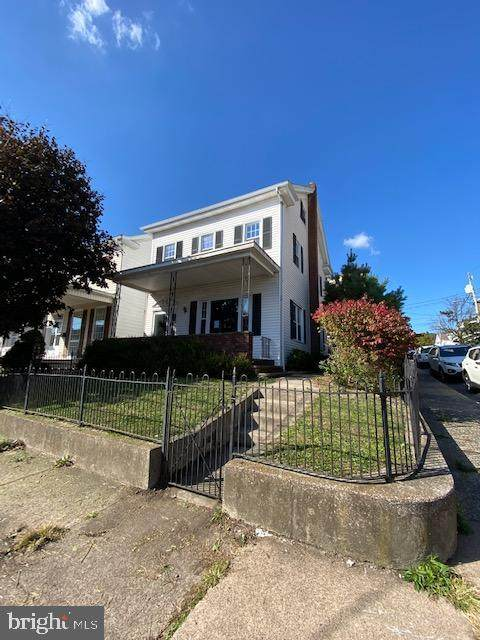 301 W Cherry Street W, SHENANDOAH, PA 17976 (#PASK132852) :: The Heather Neidlinger Team With Berkshire Hathaway HomeServices Homesale Realty
