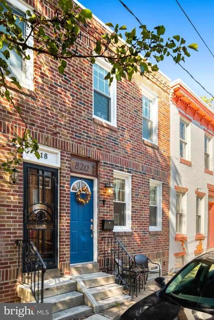 820 Judson Street - Photo 1