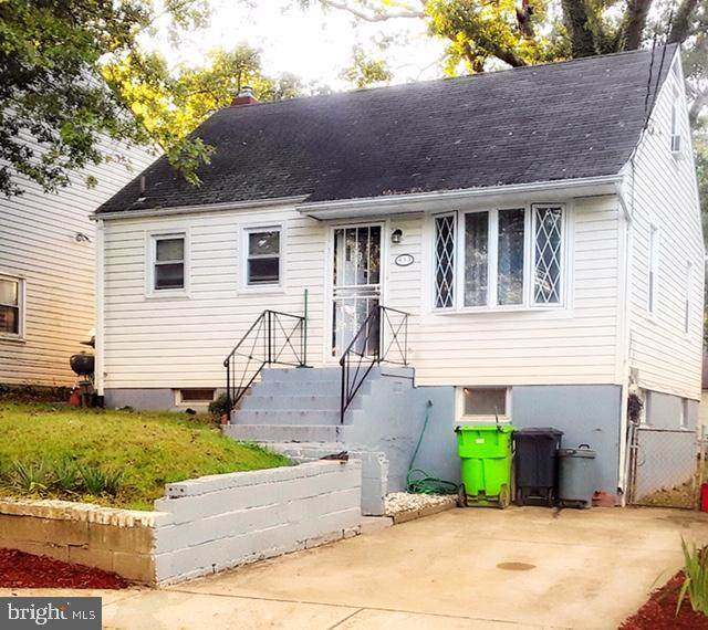 613 Drum Avenue, CAPITOL HEIGHTS, MD 20743 (#MDPG585056) :: City Smart Living