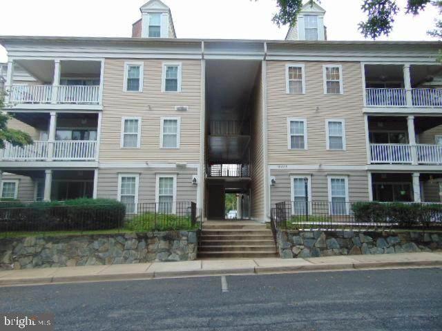 18003 Cloppers Mill Terrace 15-I, GERMANTOWN, MD 20874 (#MDMC730904) :: Dart Homes
