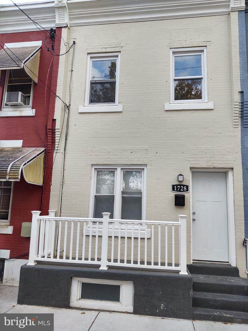 1728 Marston Street - Photo 1