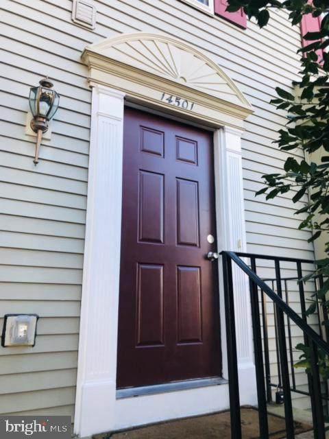 14501 Sydell Lane, CENTREVILLE, VA 20120 (#VAFX1163696) :: Debbie Dogrul Associates - Long and Foster Real Estate