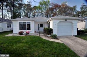 226 Valley Forge Drive, TUCKERTON, NJ 08087 (#NJOC404588) :: Better Homes Realty Signature Properties