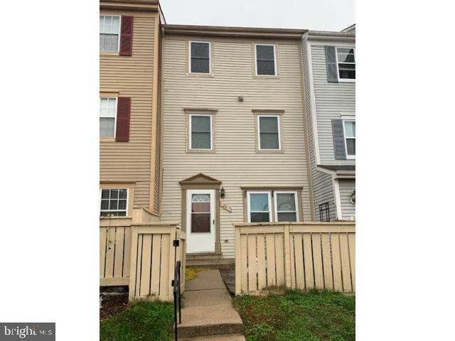 26 Appledowre Court #51, GERMANTOWN, MD 20876 (#MDMC732340) :: Bruce & Tanya and Associates