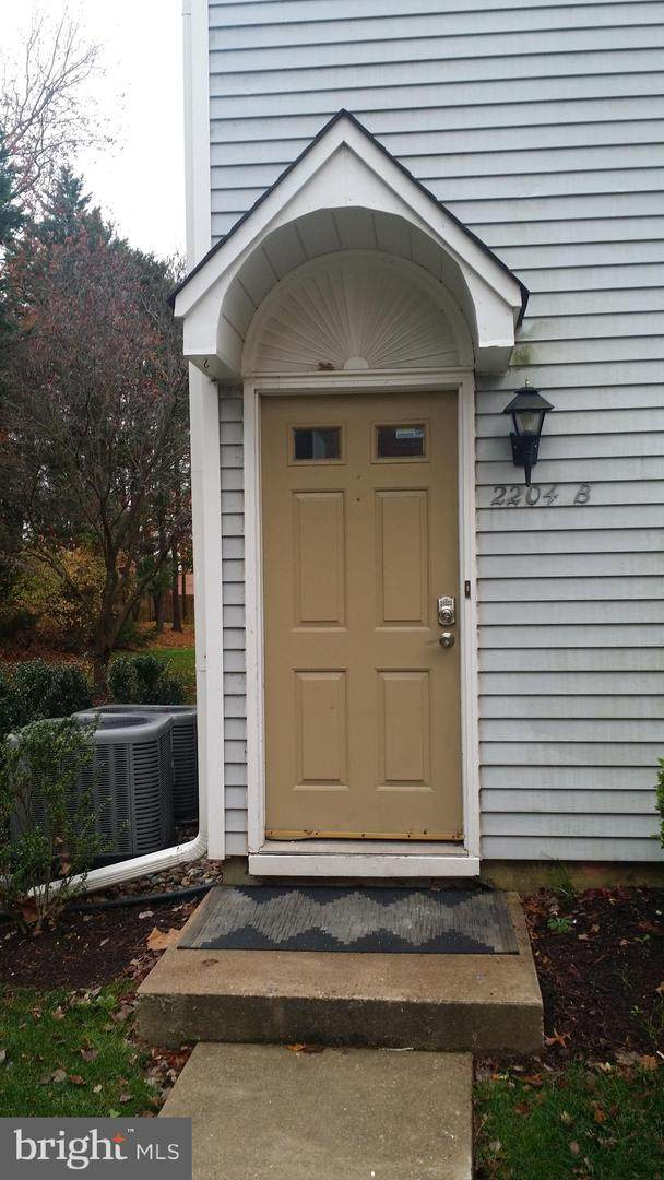2204B Sedgefield Dr, MOUNT LAUREL, NJ 08054 (MLS #NJBL385404) :: Jersey Coastal Realty Group