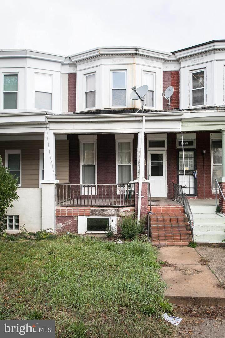3004 Windsor Avenue - Photo 1