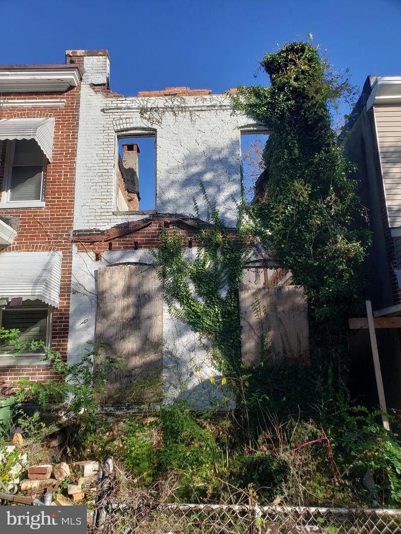 621 Denison Street - Photo 1