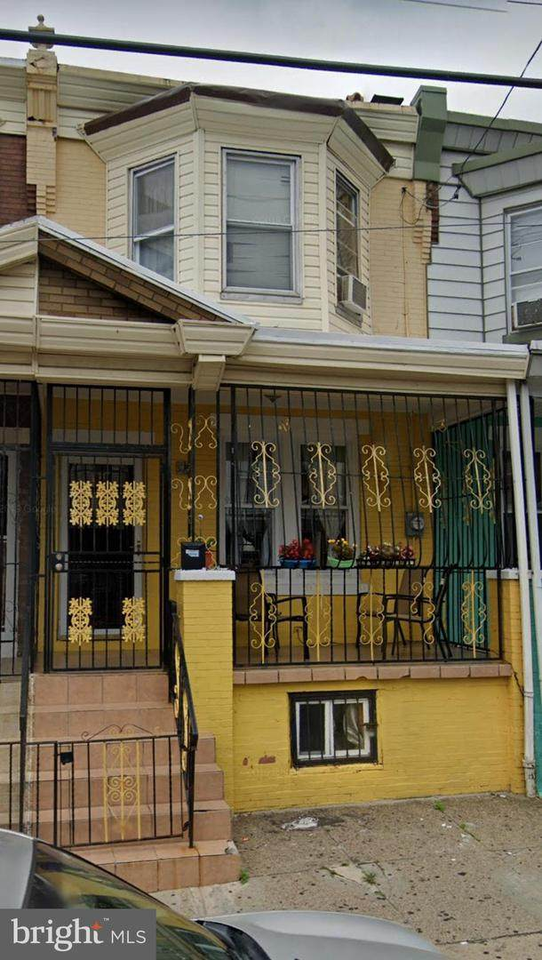 212 Westmoreland Street - Photo 1