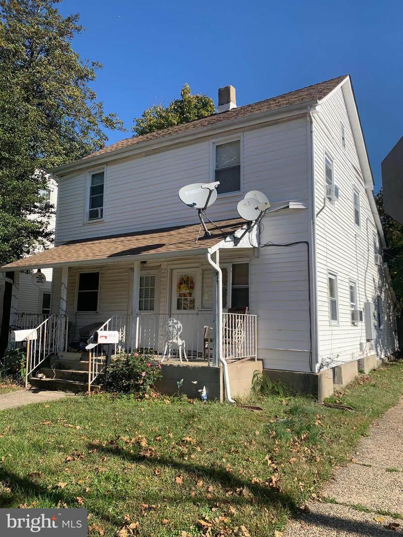 436 Laurel Street - Photo 1