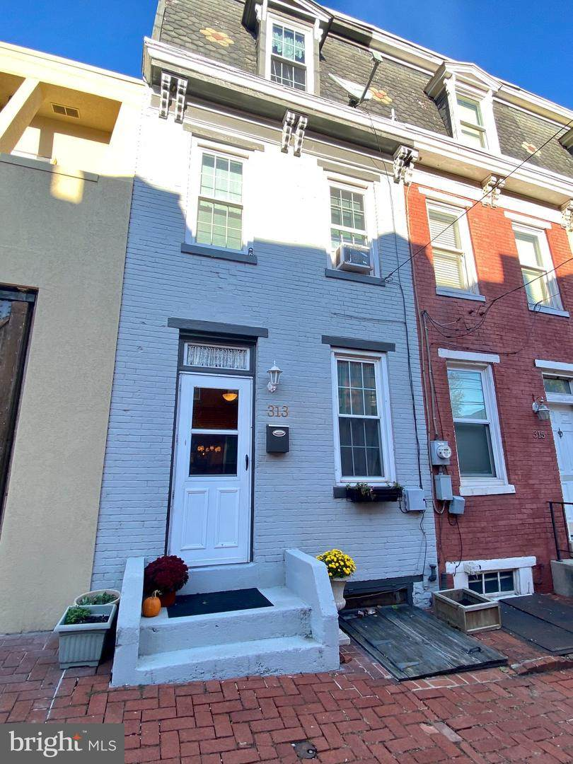 313 River Street - Photo 1