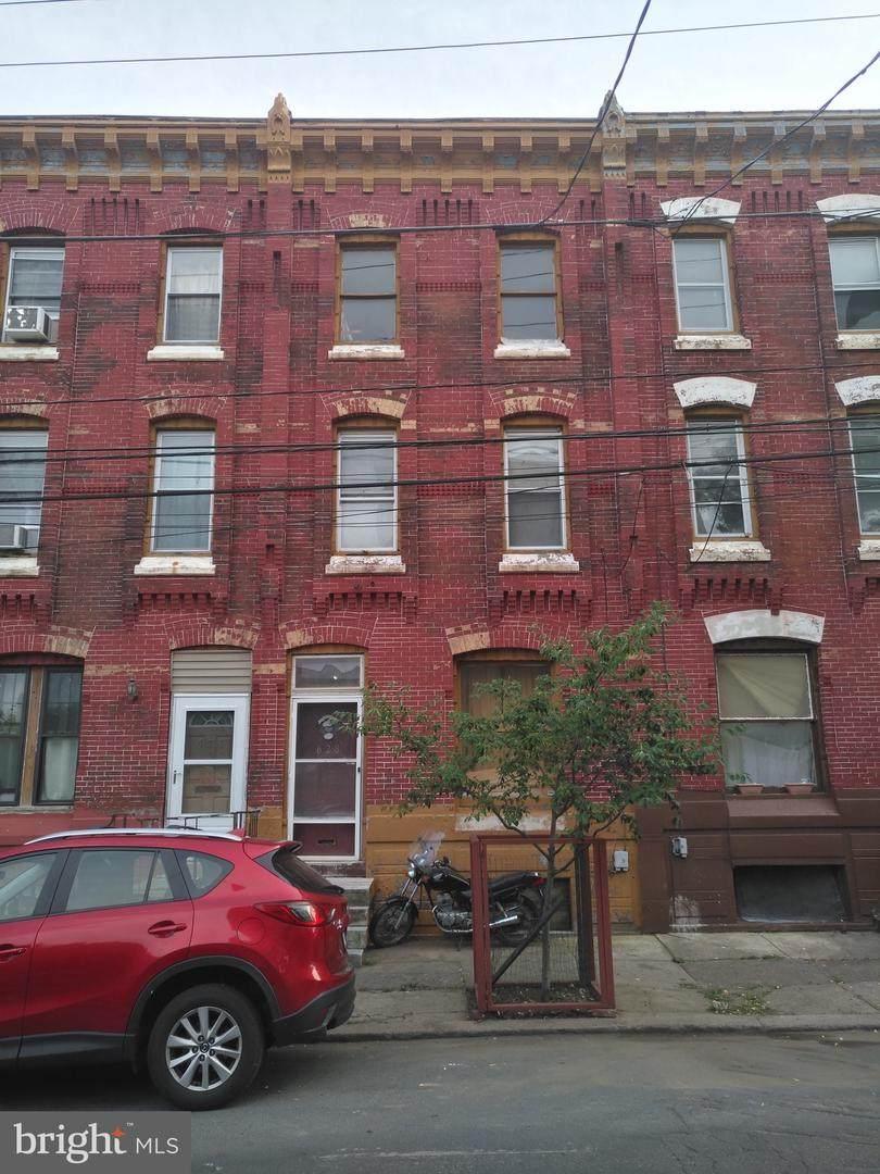 628 Diamond Street - Photo 1