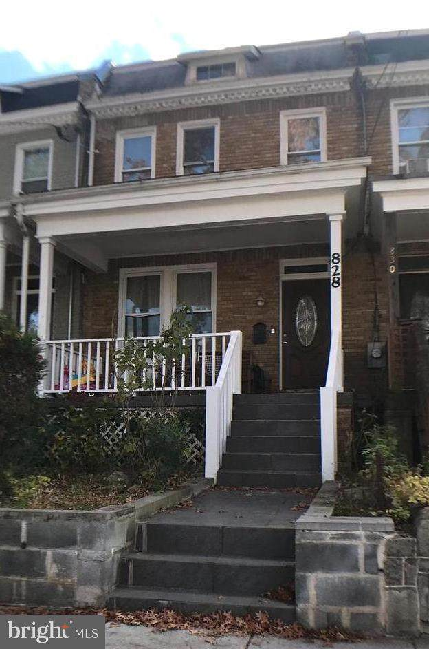 828 Crittenden Street NW, WASHINGTON, DC 20011 (#DCDC496108) :: The Redux Group