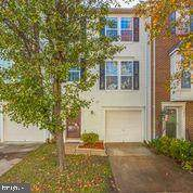7837 Dogue Indian Circle, LORTON, VA 22079 (#VAFX1166592) :: Tom & Cindy and Associates