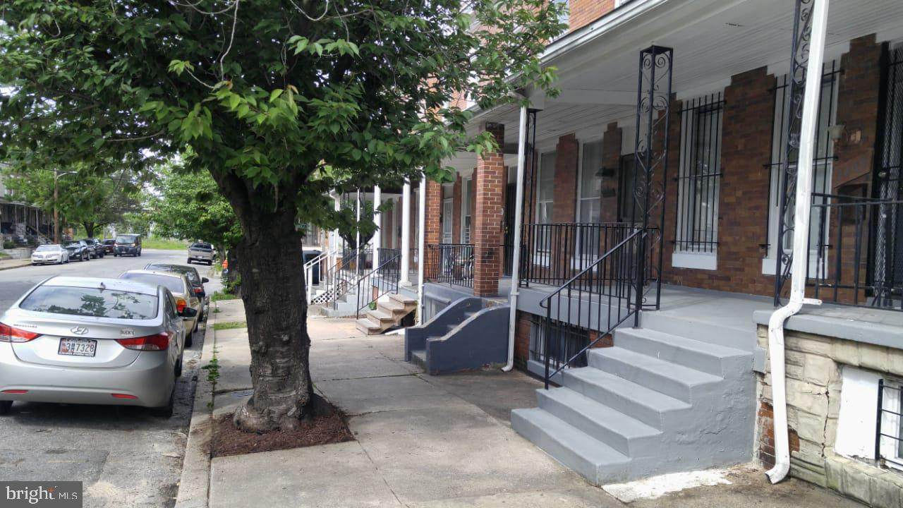 2209 Sidney Avenue - Photo 1