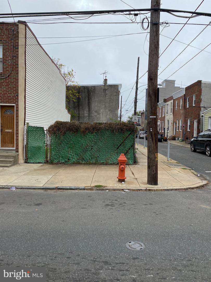 2615 Tulip Street - Photo 1