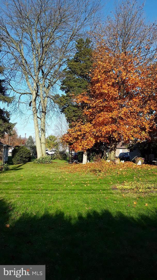 36 S Maple Street, KUTZTOWN, PA 19530 (#PABK370590) :: Bob Lucido Team of Keller Williams Integrity
