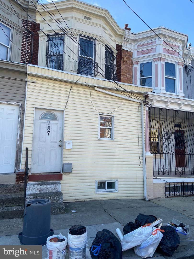 987 23RD Street - Photo 1