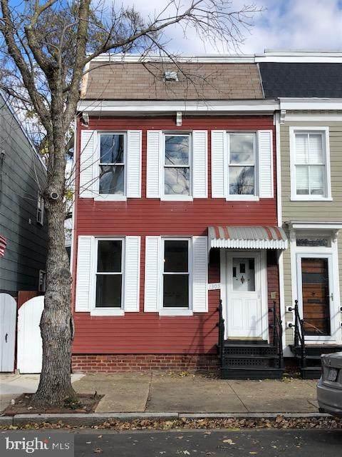 1303 Queen Street, ALEXANDRIA, VA 22314 (#VAAX253594) :: Nesbitt Realty