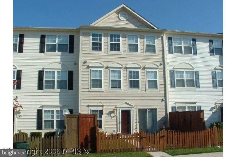 4965 Clarendon Terrace - Photo 1