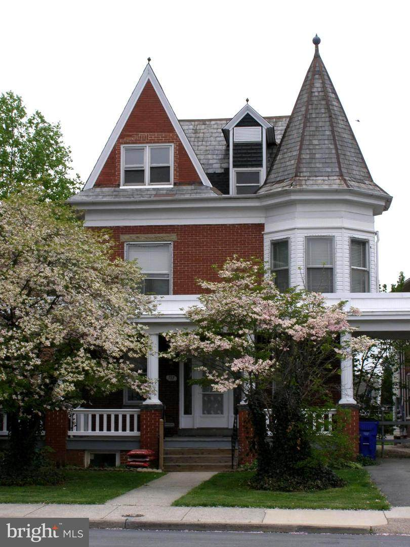 711 Oak Hill Avenue - Photo 1