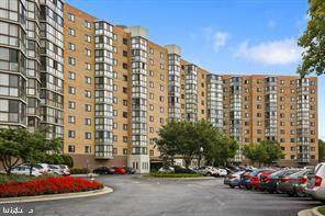 3330 N Leisure World Boulevard 5-208, SILVER SPRING, MD 20906 (#MDMC736380) :: Dart Homes