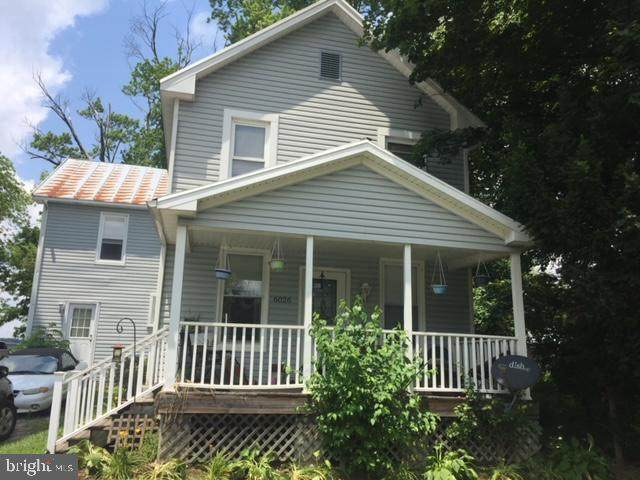 6026 Old Washington Road, SYKESVILLE, MD 21784 (#MDCR201350) :: Corner House Realty