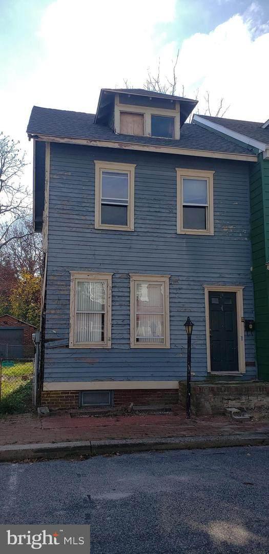 18 W Pearl Street, BURLINGTON, NJ 08016 (#NJBL387576) :: Team Caropreso