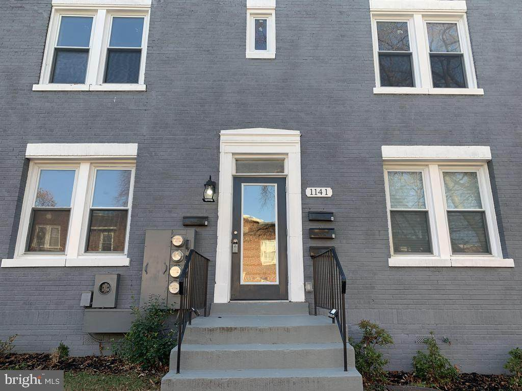 1141 Owen Place - Photo 1
