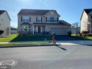 10 Hamlet Circle, MECHANICSBURG, PA 17050 (#PACB130390) :: The Heather Neidlinger Team With Berkshire Hathaway HomeServices Homesale Realty