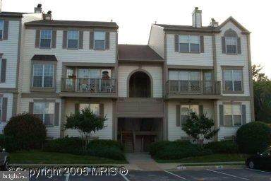 9260 Cardinal Forest Lane B, LORTON, VA 22079 (#VAFX1170270) :: The Licata Group/Keller Williams Realty