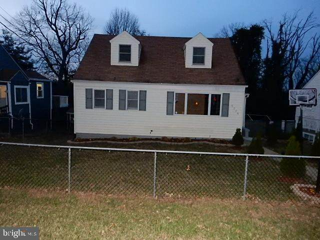 5708 67TH Avenue, RIVERDALE, MD 20737 (#MDPG590060) :: Better Homes Realty Signature Properties