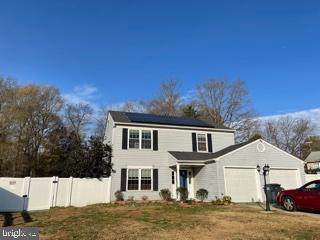 12304 Burning Oak Court, WALDORF, MD 20601 (#MDCH219838) :: The Putnam Group