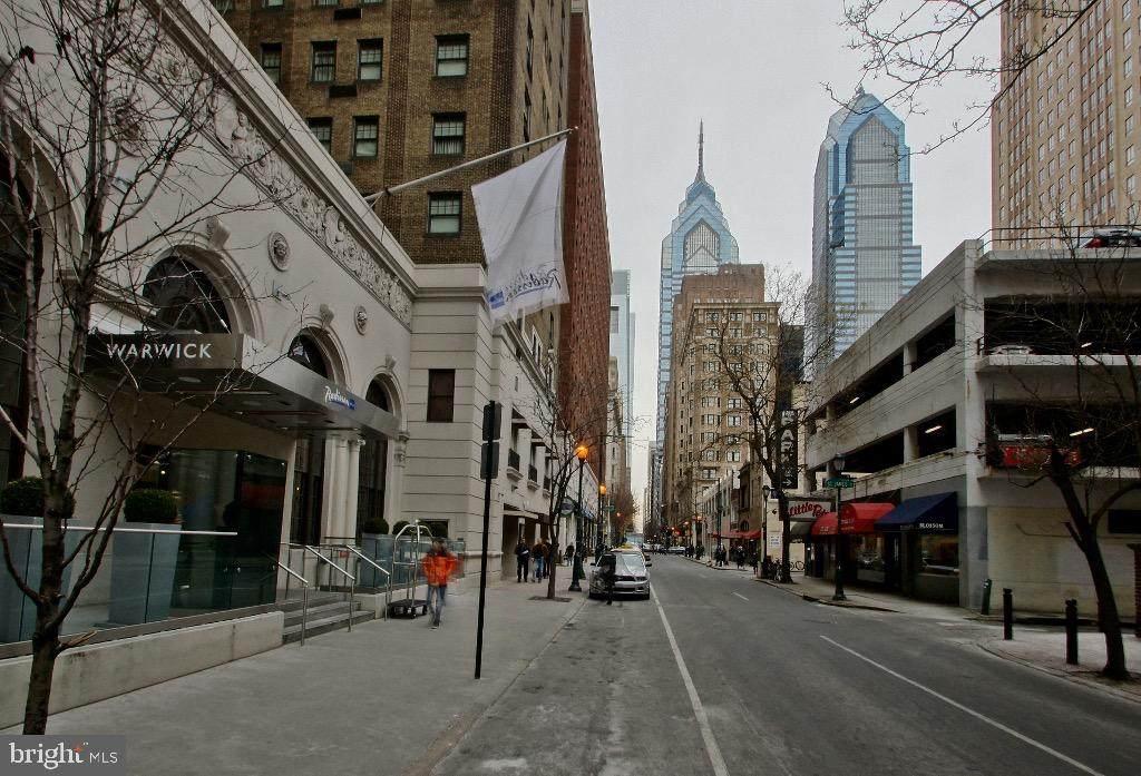 1701-15 Locust Street - Photo 1