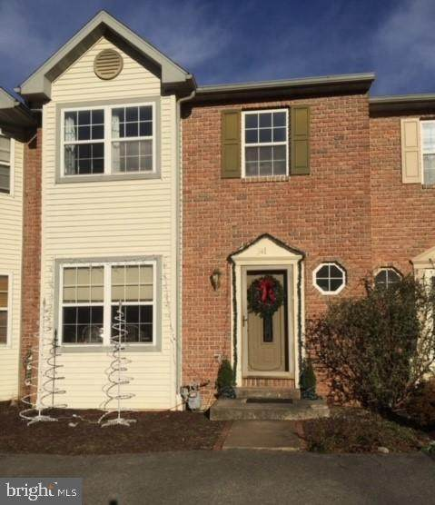 341 Pine Street, WERNERSVILLE, PA 19565 (#PABK371026) :: Linda Dale Real Estate Experts