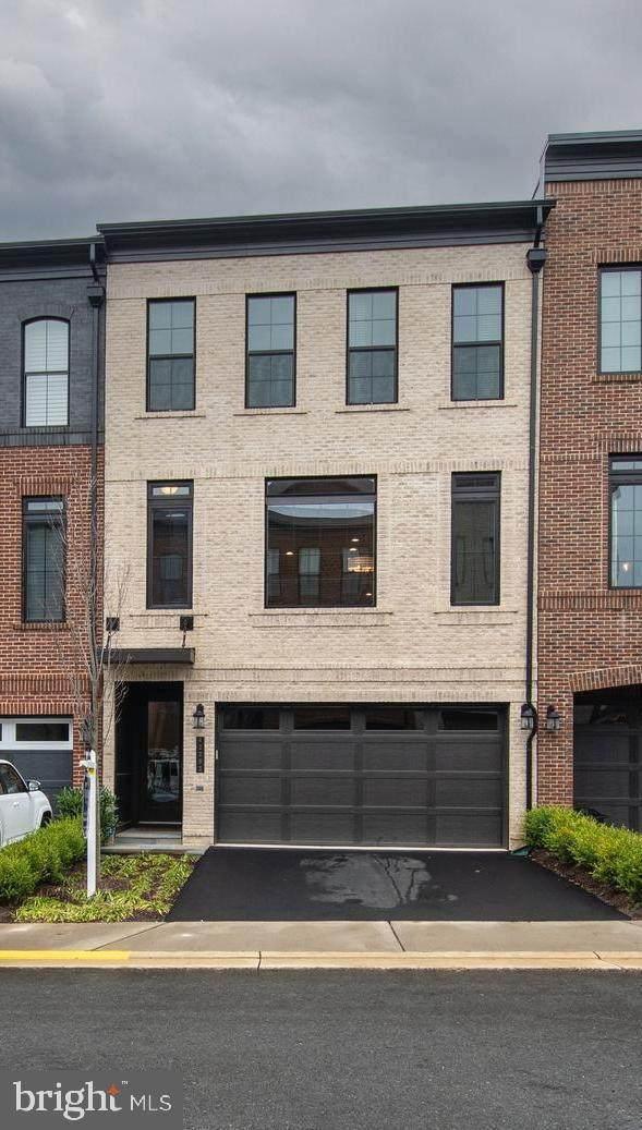 42283 Ashmead Terrace, ASHBURN, VA 20148 (#VALO426952) :: Pearson Smith Realty