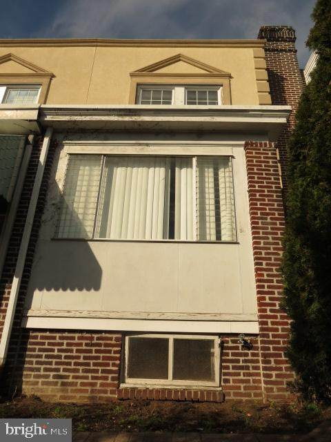 7345 Chelwynde Avenue, PHILADELPHIA, PA 19153 (#PAPH968614) :: The Dailey Group