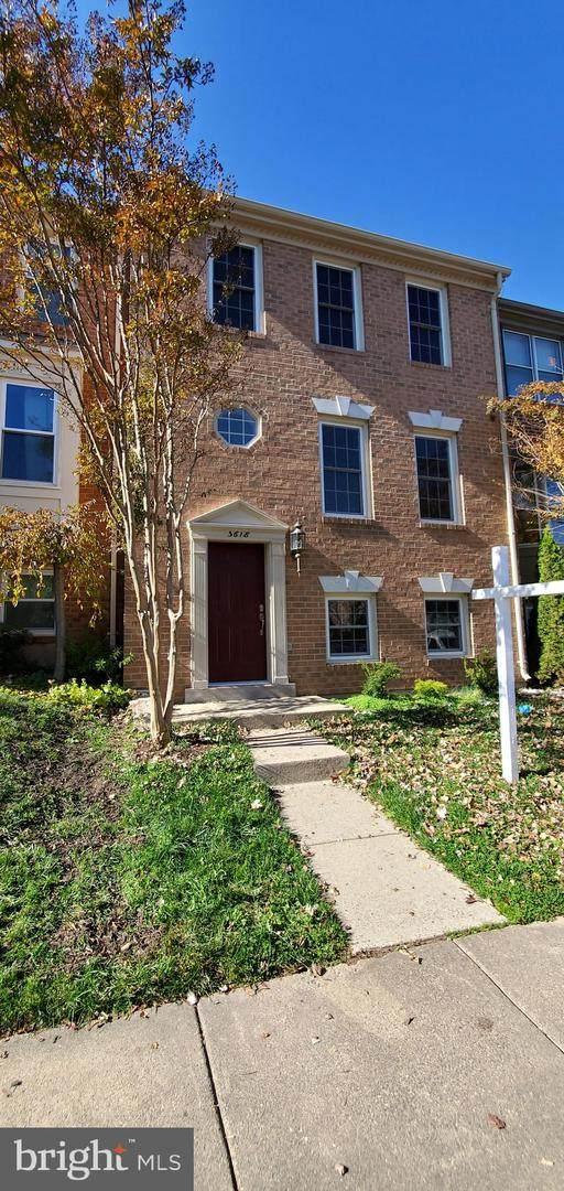 5618 Gresham Lane, CENTREVILLE, VA 20120 (#VAFX1171092) :: Certificate Homes