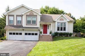 10322 Lee Manor Drive, MANASSAS, VA 20110 (#VAMN141066) :: The Redux Group