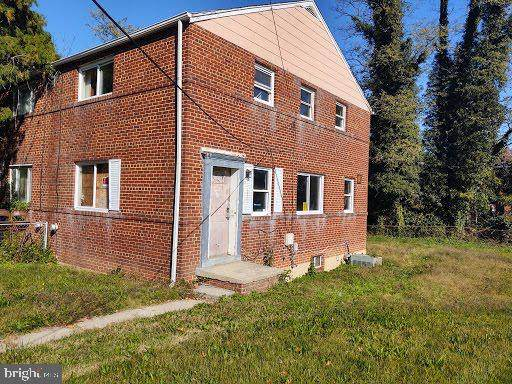 4630 Dowell Lane, SUITLAND, MD 20746 (#MDPG591514) :: ExecuHome Realty
