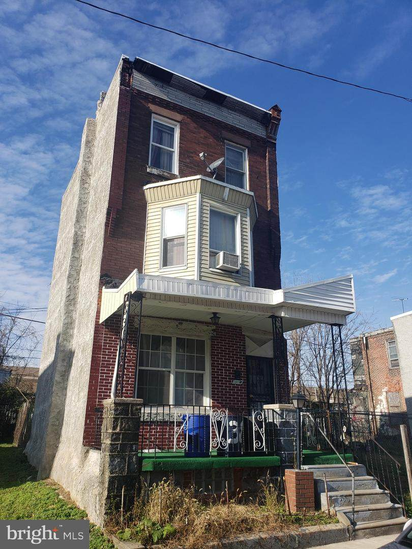 3820 10TH Street - Photo 1