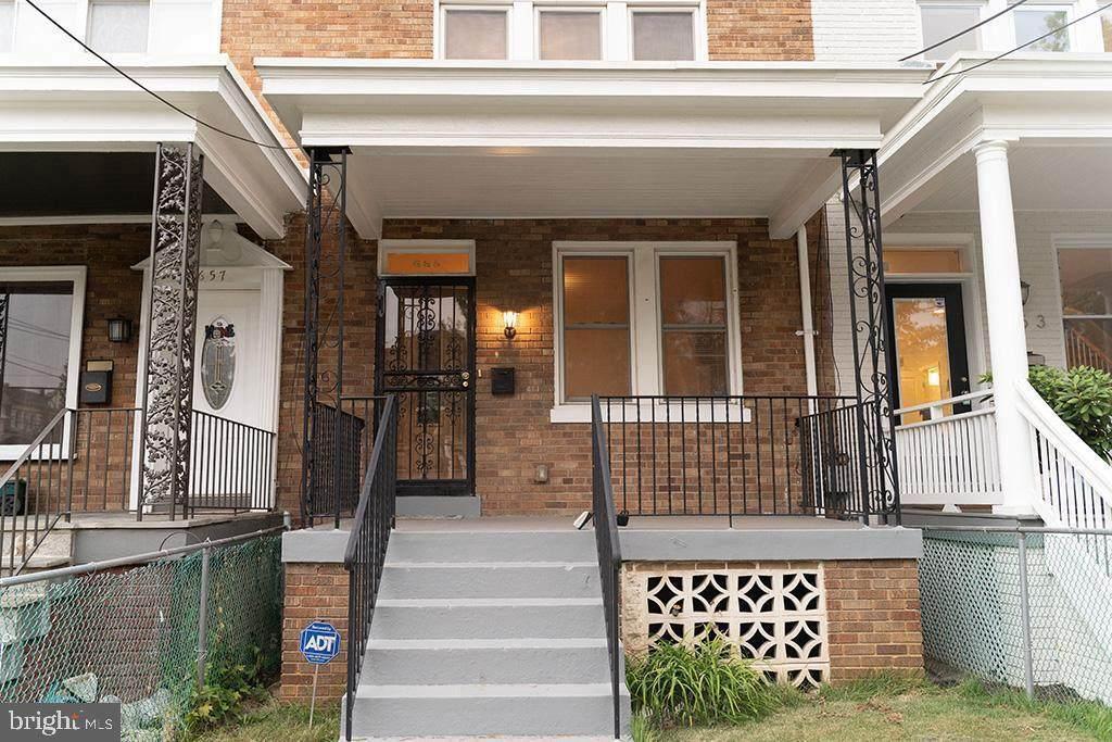 655 Hamilton Street - Photo 1