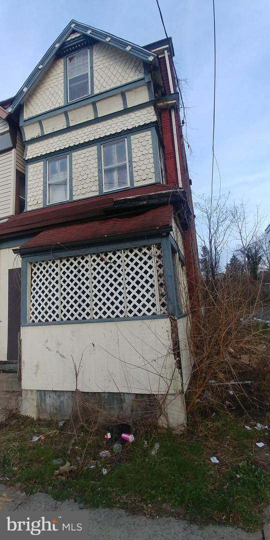 30 West End Avenue - Photo 1