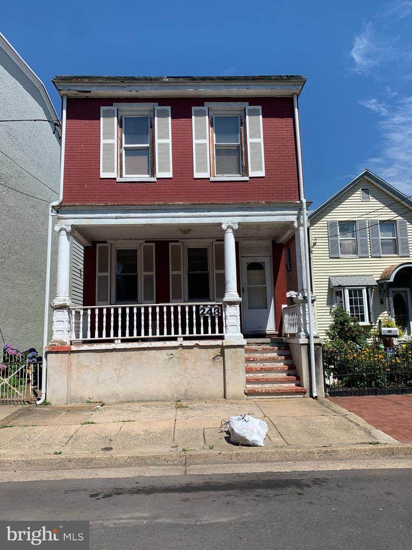 243 Wood Street - Photo 1