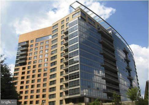 2001 15TH Street N #304, ARLINGTON, VA 22201 (#VAAR174346) :: City Smart Living