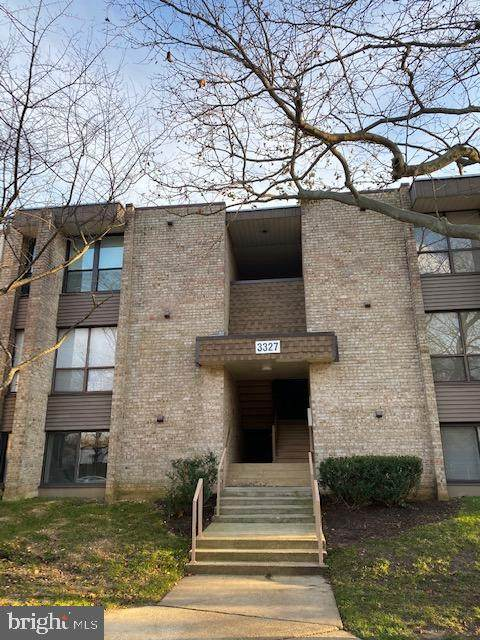 3327 Huntley Square Drive C, TEMPLE HILLS, MD 20748 (#MDPG592838) :: Erik Hoferer & Associates