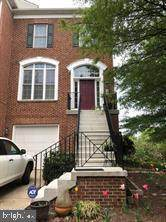 10 Town Commons Court, GERMANTOWN, MD 20874 (#MDMC740684) :: The MD Home Team