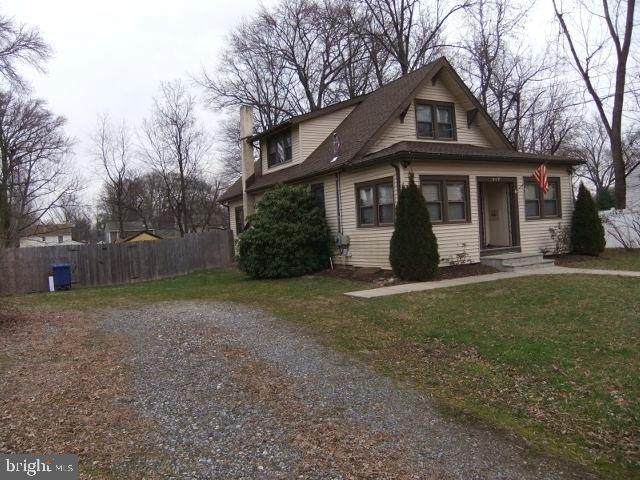 447 Buttonwood Avenue - Photo 1