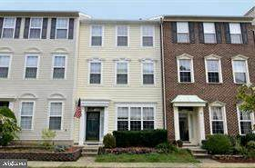 25487 Flynn Lane, CHANTILLY, VA 20152 (#VALO428746) :: The Redux Group