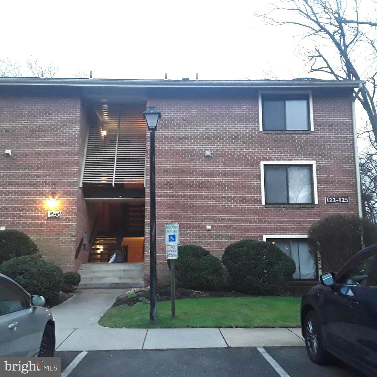 125-6 Echelon Road - Photo 1