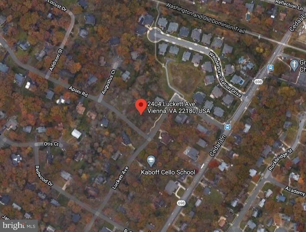 2404 Luckett Avenue - Photo 1